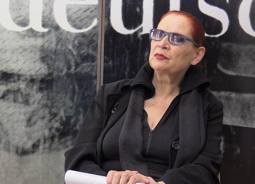 Café Deutschland Im Gespräch Mit Katharina Sieverding
